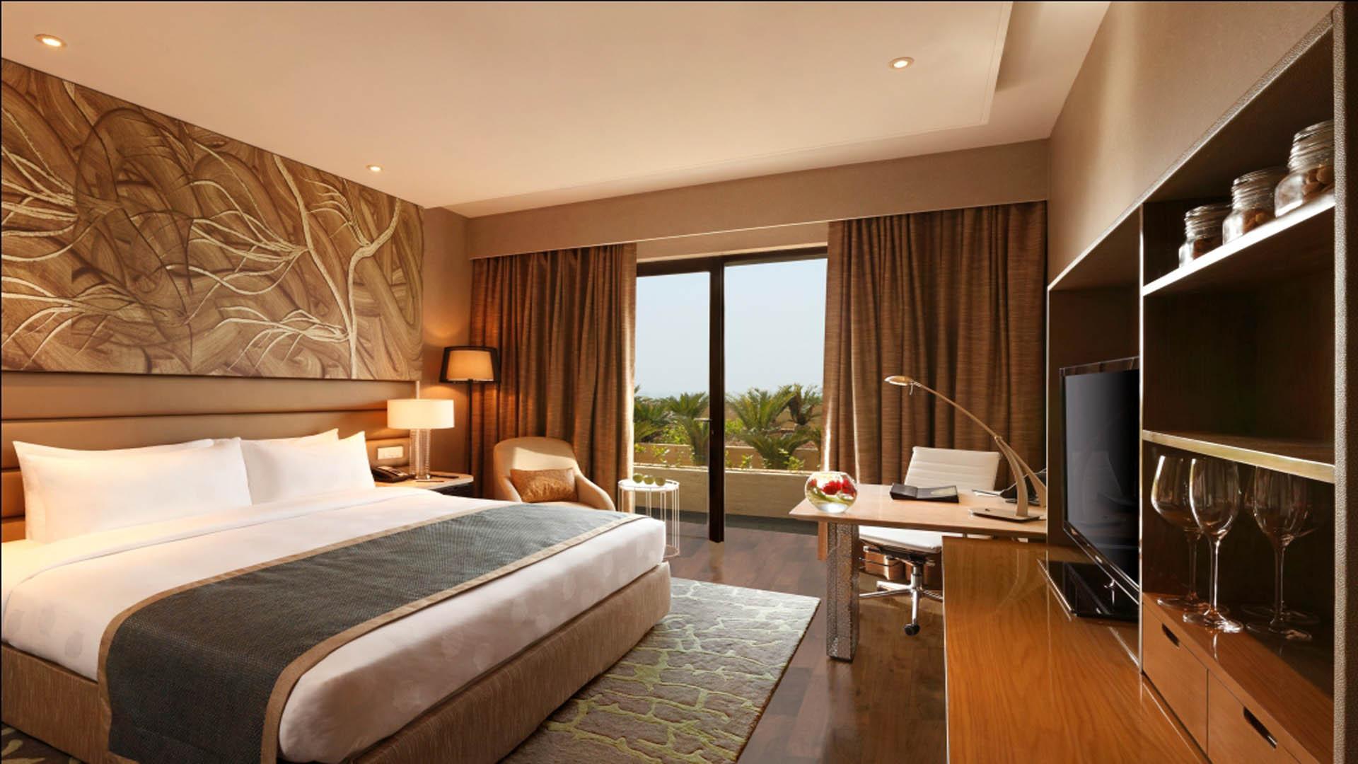 Weekend getaway ideas within delhi for Bedroom designs delhi
