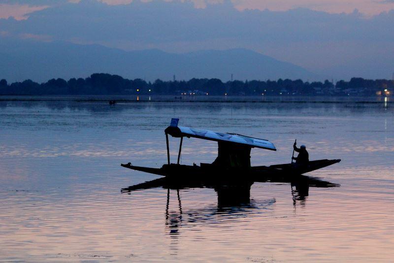 Evening view at Dal Lake